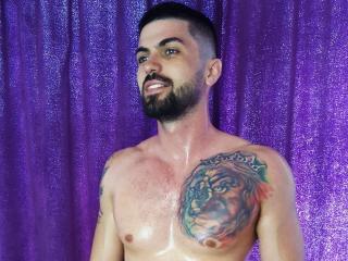 MasterMindHot模特的性感個人頭像,邀請您觀看熱辣勁爆的實時攝像表演!