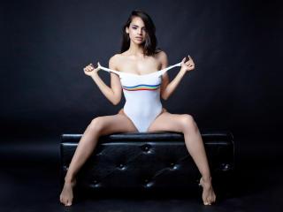 Velmi sexy fotografie sexy profilu modelky MylaCharelle pro live show s webovou kamerou!