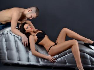 SexAddictionX模特的性感個人頭像,邀請您觀看熱辣勁爆的實時攝像表演!