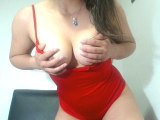 MirandaDavis - Show x avec une Séduisante model très sexy d'Amérique latine