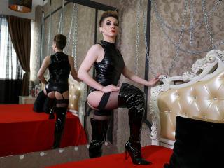 MistressAry - 在XloveCam?欣賞性愛視頻和熱辣性感表演