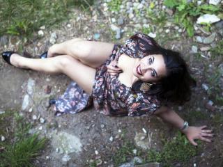 Aaleyah - 在XloveCam?欣賞性愛視頻和熱辣性感表演