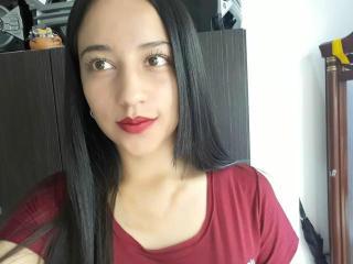 LauritaLover - 在XloveCam?欣赏性爱视频和热辣性感表演