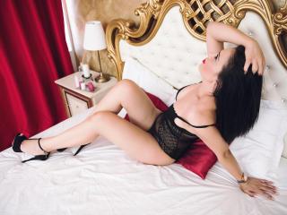 LoraGrey - 在XloveCam?欣赏性爱视频和热辣性感表演