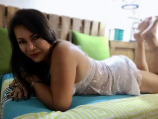 QuezNasty - 在XloveCam?欣赏性爱视频和热辣性感表演