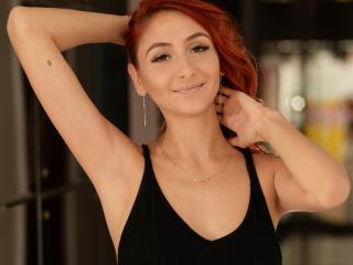 IrisVenetta - 在XloveCam?欣賞性愛視頻和熱辣性感表演