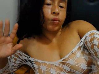Susans - 在XloveCam?欣賞性愛視頻和熱辣性感表演