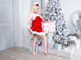 BettyRedhead - 在XloveCam?欣賞性愛視頻和熱辣性感表演