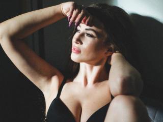 MikaAngell - 在XloveCam?欣賞性愛視頻和熱辣性感表演