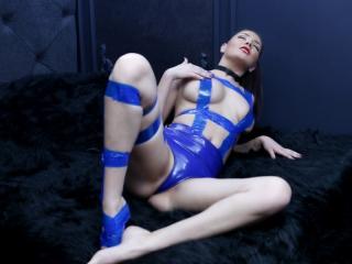 UrLuxuryDesire - 在XloveCam?欣賞性愛視頻和熱辣性感表演