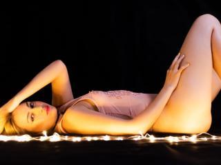 CarolineMeyer - Live porn & sex cam - 6558096