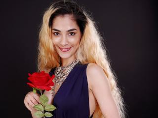 Velmi sexy fotografie sexy profilu modelky AddictiveLucille pro live show s webovou kamerou!