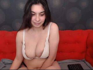 Velmi sexy fotografie sexy profilu modelky amiraamzah pro live show s webovou kamerou!