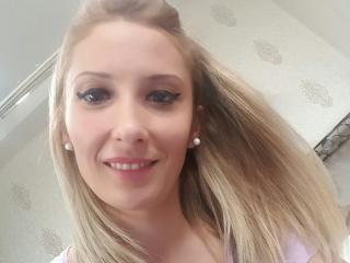 Foto de perfil sexy de la modelo Amycrystal69, ¡disfruta de un show webcam muy caliente!