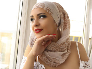 Photo de profil sexy du modèle ArabicAyana, pour un live show webcam très hot !