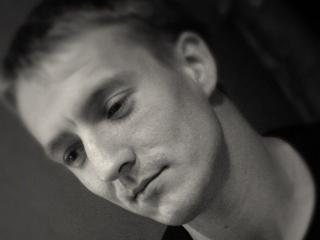 Picture of the sexy profile of BearHard, for a very hot webcam live show !