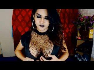 Model BeautifulStranger'in seksi profil resmi, çok ateşli bir canlı webcam yayını sizi bekliyor!
