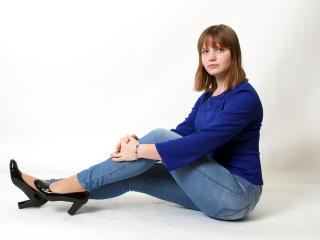 Фото секси-профайла модели BellaModest, веб-камера которой снимает очень горячие шоу в режиме реального времени!