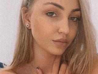 Velmi sexy fotografie sexy profilu modelky BelleGloryaa pro live show s webovou kamerou!