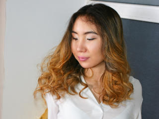 Hình ảnh đại diện sexy của người mẫu BlackSweetHeart để phục vụ một show webcam trực tuyến vô cùng nóng bỏng!
