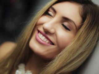 Foto de perfil sexy da modelo ClaireDaniells, para um live show muito quente!