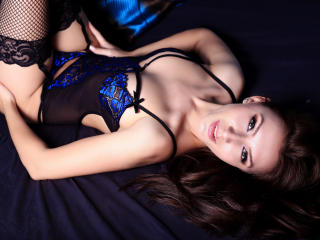Photo de profil sexy du modèle CutestGirl, pour un live show webcam très hot !
