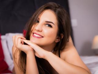 Foto de perfil sexy de la modelo DeluxeVanesa, ¡disfruta de un show webcam muy caliente!