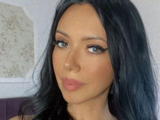 DonnaLoren - Webcam x with this massive breast Young lady