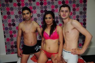 DrippyTrio模特的性感个人头像,邀请您观看热辣劲爆的实时摄像表演!