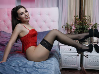 Picture of the sexy profile of ElyseNykol, for a very hot webcam live show !
