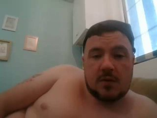Picture of the sexy profile of HungBritLad, for a very hot webcam live show !