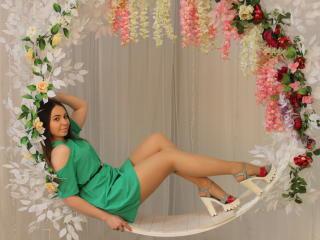 Foto de perfil sexy de la modelo KeyKreen, ¡disfruta de un show webcam muy caliente!
