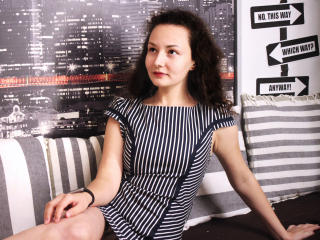 Sexet profilfoto af model LouisaCurly, til meget hot live show webcam!