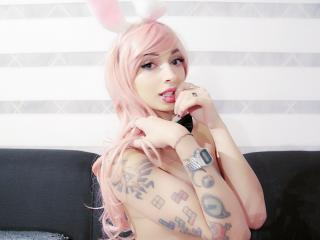Picture of the sexy profile of LoveChubbyBunny, for a very hot webcam live show !