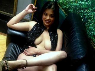 Sexy profilbilde av modellen  LuisaCute, for et veldig hett live webcam-show!