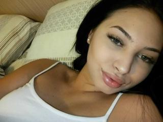 Foto de perfil sexy de la modelo LuisaVick, ¡disfruta de un show webcam muy caliente!