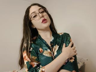 Model MarbyBloom'in seksi profil resmi, çok ateşli bir canlı webcam yayını sizi bekliyor!