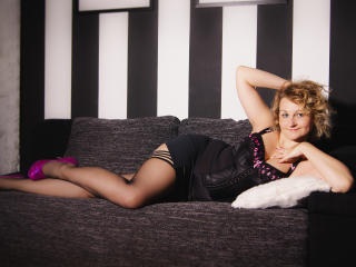 Velmi sexy fotografie sexy profilu modelky MiriamTRUE pro live show s webovou kamerou!