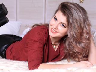 Model MissHaleyH'in seksi profil resmi, çok ateşli bir canlı webcam yayını sizi bekliyor!