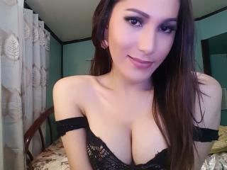 Foto de perfil sexy de la modelo MistressOfTheWest, ¡disfruta de un show webcam muy caliente!