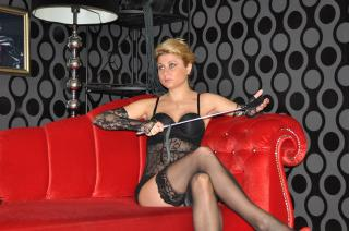 Picture of the sexy profile of MistressRenee, for a very hot webcam live show !