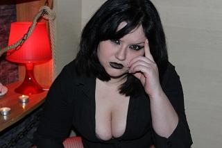 Picture of the sexy profile of MsBlackWidow, for a very hot webcam live show !
