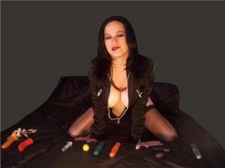 NastyJustine模特的性感个人头像,邀请您观看热辣劲爆的实时摄像表演!