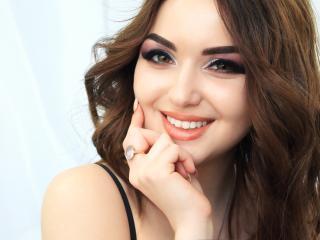 Hình ảnh đại diện sexy của người mẫu NikoleMari để phục vụ một show webcam trực tuyến vô cùng nóng bỏng!