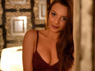 Sexy Profilfoto des Models NoraPerez, für eine sehr heiße Liveshow per Webcam!