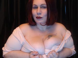 Foto de perfil sexi, da modelo PrincesChance, para um live show webcam muito quente!