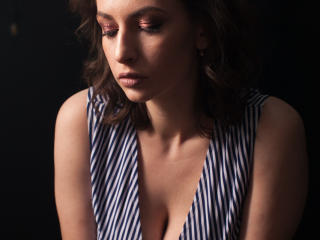 Velmi sexy fotografie sexy profilu modelky RaspBerryWine pro live show s webovou kamerou!