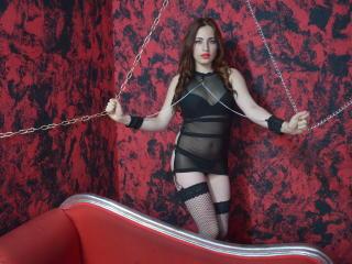 Model SaraSinFulBody'in seksi profil resmi, çok ateşli bir canlı webcam yayını sizi bekliyor!