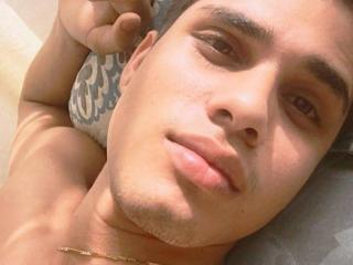 Picture of the sexy profile of SeductiveDavid69, for a very hot webcam live show !