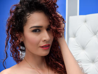 Picture of the sexy profile of SophyBiker69, for a very hot webcam live show !